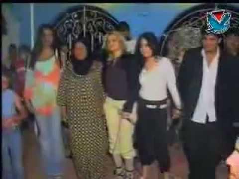 Arap Eğlencesi Kız Süper Oynuyor