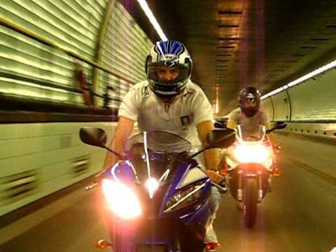 Honda CBR 900 RR y Yamaha R6 en Ruta 168 (Tunel Subfluvial)