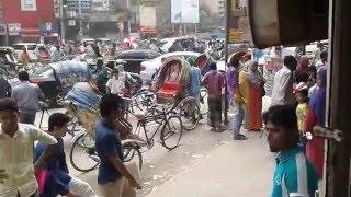 Dhaka Sohor Naki ajob sohor na dekle miss