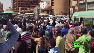 الشرطة السودانية تفض مظاهرات وسط الخرطوم وتعتقل محتجين