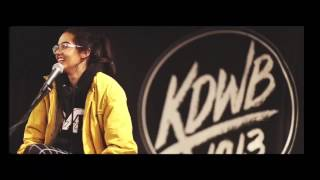 Maggie Lindemann Sings National Anthem at the Timberwolves Game
