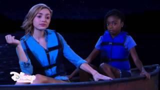 Summer Camp - Farsi le unghie in barca - Dall'episodio 04