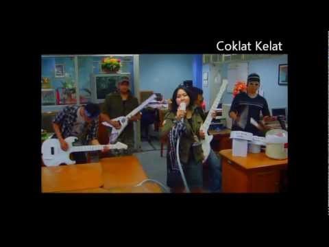 Bendera by Coklat Kelat