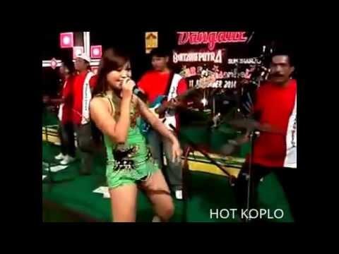 Dangdut Koplo Hot Dua Cincin Koplo HOT SEXY