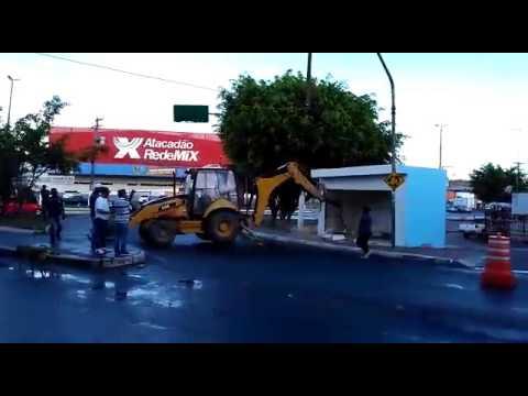 Barraca irregular é demolida em Simões Filho