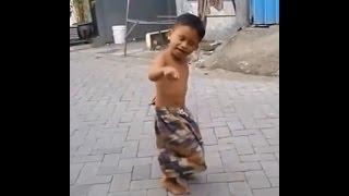 Video Lucu Banget Bikin Ketawa Ngakak Abis, Anak Kecil Joget Dangdut