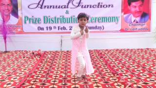 LKG GIRL DANCE ON HARYANVI SONG BADLI BADLI LAG