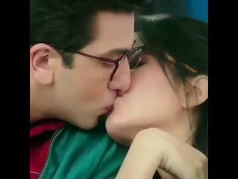 Xxx Mp4 Ranveer Kapur And Katrina Kaif Hot Kissing Seen So Cute By Tarun Tomar 3gp Sex