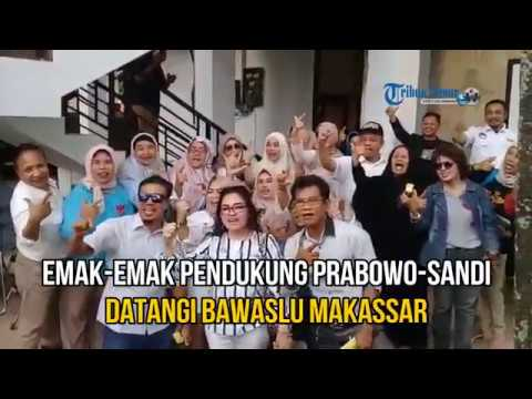 Xxx Mp4 Laporkan 15 Camat Puluhan Emak Emak Pendukung Prabowo Sandi Datangi Bawaslu Makassar 3gp Sex