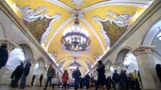 محطات مترو موسكو أشبه بالقصور