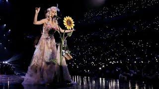 China bans Katy Perry and Gigi Hadid