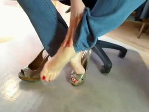 Sexy High Heels Bare Feet Soles Red Toes And Blue Jeans POV Foot Play Perfect Feet For You