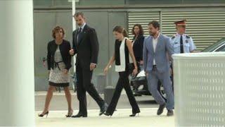 Spanish King visits Barcelona attack survivors