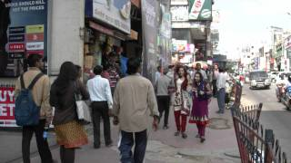 India,Bangalore,Brigade road, 2011y,12m,08d(Thursday),13h57