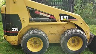 2000 CATERPILLAR 236 For Sale