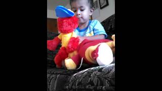 Elmo one-ups Daniel Tiger