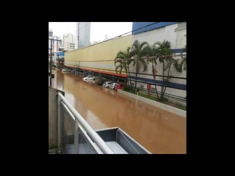 Ciclone provoca temporal na região