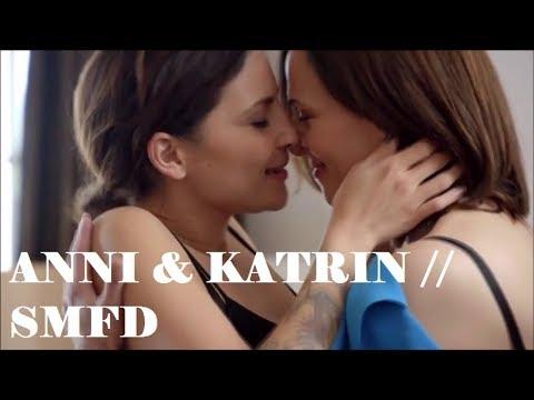 Anni & Katrin // Sex Money Feelings Die