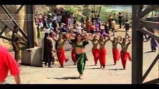 Super sexy Madhuri Dixit in green saree