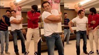 Salman Khan & Kiccha Sudeep Kannada Superstar LAUGH RIOT Dance with Prabhu Deva | DABANG 3