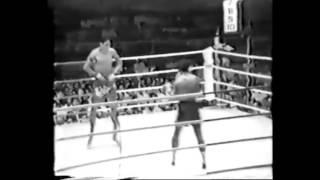 Rare Footage: Dieselnoi Chor. Thanasukarn vs Sagat (Street Fighter) Petchyindee