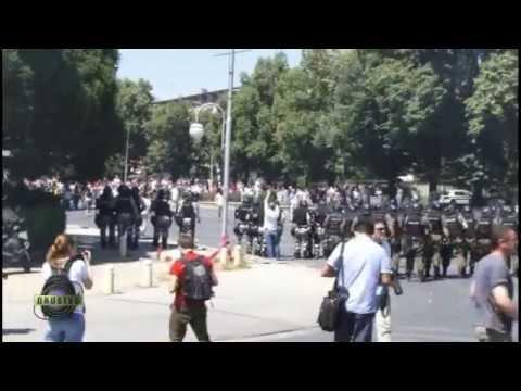 Neredi u Skoplju