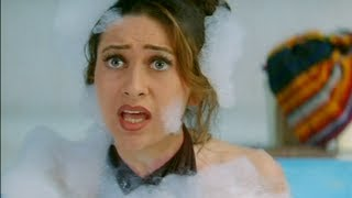 Salman Khan & Karishma kapoor in bathtub - Judwaa - Comedy Scene - Hindi Movie