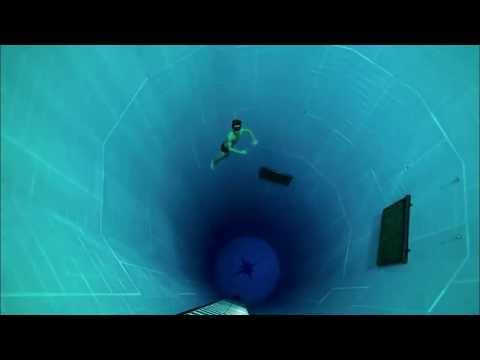 A piscina mais profunda do mundo 40m