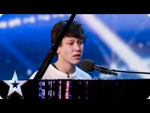Xxx Mp4 Pianist And Singer Isaac Melts The Judges Hearts Britain S Got Talent 2015 3gp Sex