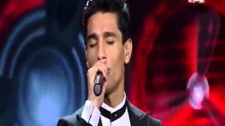 محمد عساف يشعل مسرح  اراب ايدول  في اغنية علي الكوفية   شاهدها   YouTube