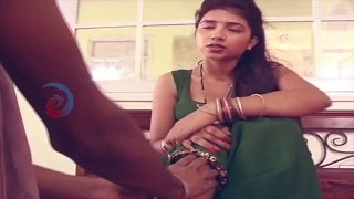 Newly Married Housewife Romance with Servent !!! Must Watch