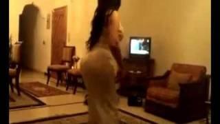 رقص فتاة بجمال الجسد وروعة القوام النسخة الكاملة ـ اغنية محمد عبده ارسل سلامي