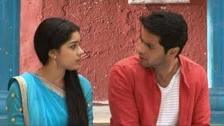 Ishq Ka Rang Safed:Dhaani ,Viplav's emotional love scene