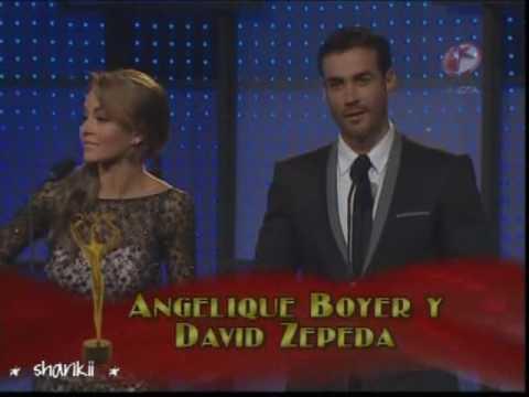 David Zepeda presenta premio TvyNovelas 2010