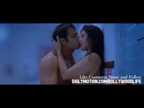 Sunny Leone Hot Kiss Scene {HD} 1080p