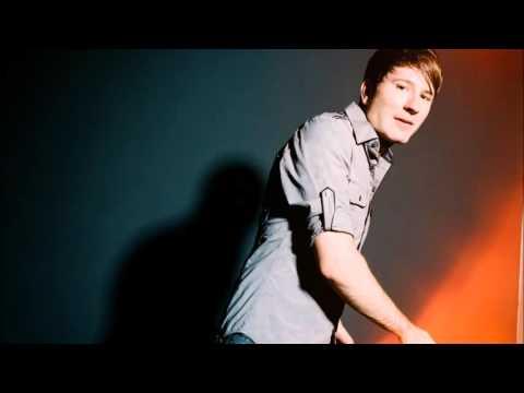 Download Lagu Owl City - Fireflies (Instrumental)