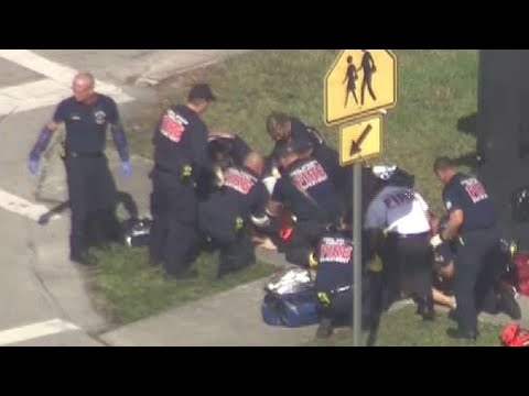 Xxx Mp4 Emergency First Responders Treat Victims Of Reported Florida School Shooting 3gp Sex