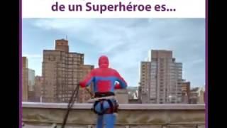Spiderman hace sonreír a niños con cáncer