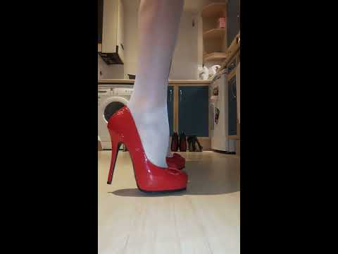 Xxx Mp4 Red New Look Heels For Ian Hope You Enjoy The Video Xxx 3gp Sex