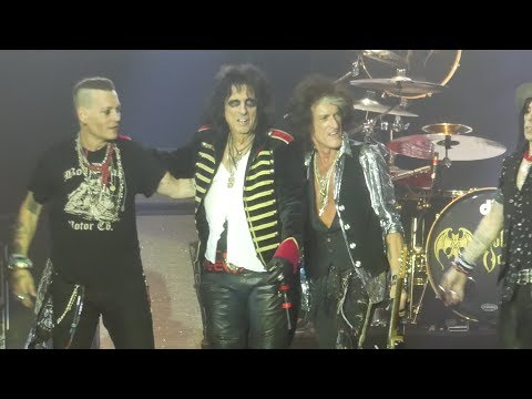 Xxx Mp4 Schools Out Band Intros Hollywood Vampires Sands Bethlehem PA Event Center 5 21 18 3gp Sex