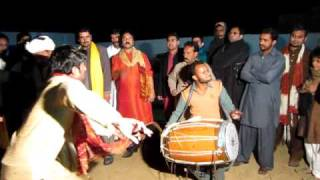 Best dhol player of Pakistan plus awesome dance