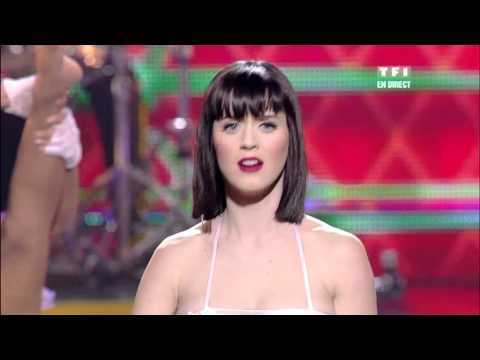 Katy Perry - I Kissed a Girl & Hot N Cold ( Live ) En Vivo