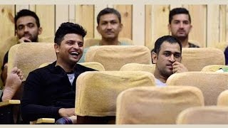 Dhoni and Virat sit far from each other during Kapil's film screening