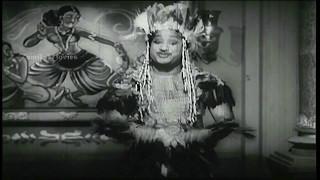 Kuranginilirundhu Pirandhavan Manidhan HD Song