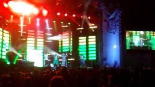 M6 Mobile Music Live 2010 - Michael Youn / Fatal Bazooka - Ce matin va être une pure soirée