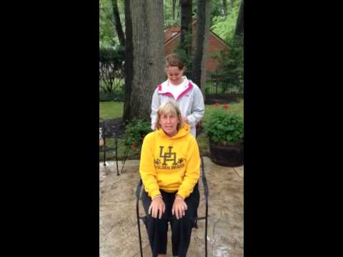 Mom getting wet