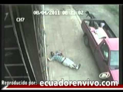 Video captó asesinato a un comerciante de la Bahía de Guayaquil