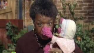 Sesame Street: Maya Angelou: N Your Name Is Natasha