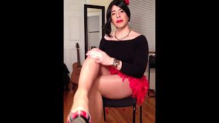 The Pantyhose Tranny - Nylon Rubbing Feet Legs and Heels