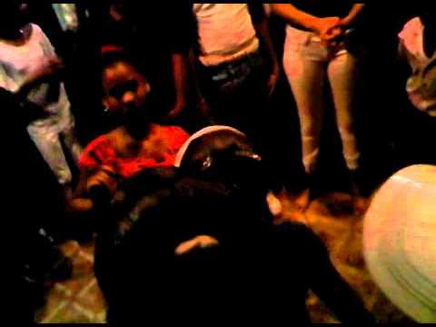 menores bailando dembow e villa juana 1